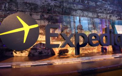 Expedia near deal to sell stake to private-equity firms
