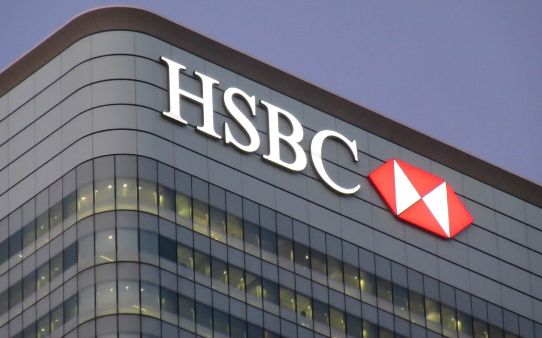 HSBC takes $2.3 billion hit with PE-sale of French retail bank