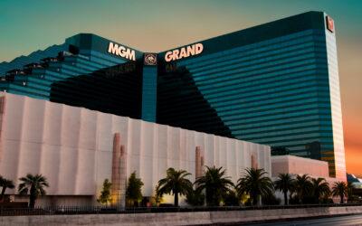Barry Diller's IAC bets $1 billion on gambling giant MGM Resorts