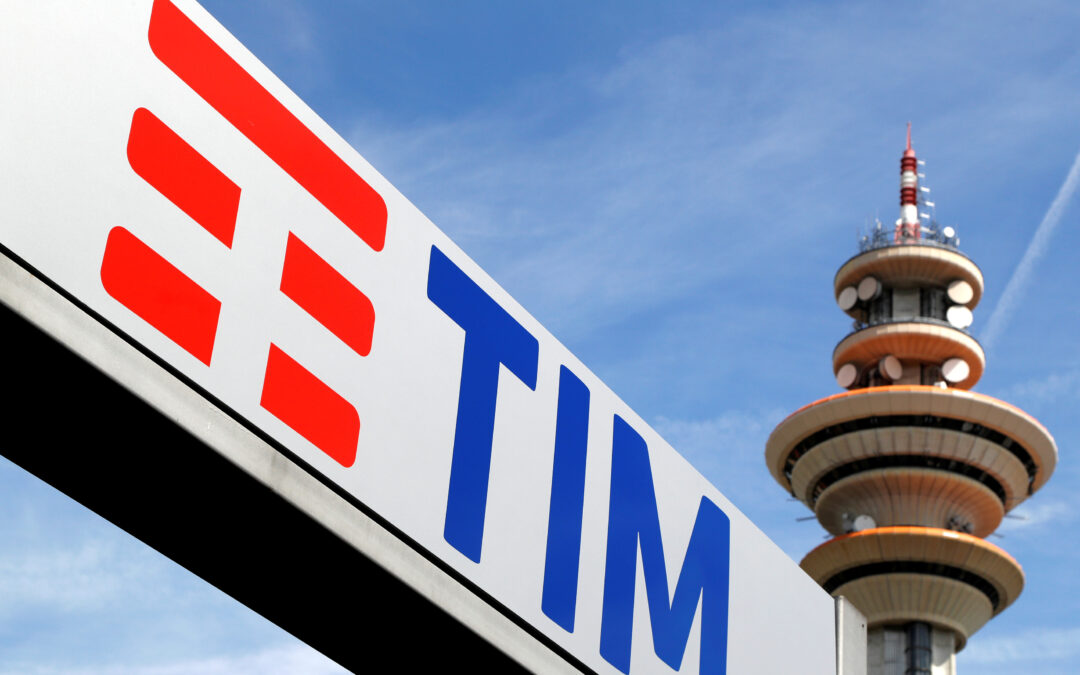 Abu Dhabi wealth fund in talks with KKR over Italian grid deal