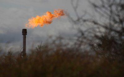 Private equity firms Quantum, EnCap bid for oil producer EP Energy
